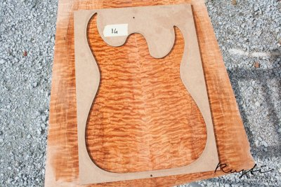 Rusti guitars - Quilted Maple